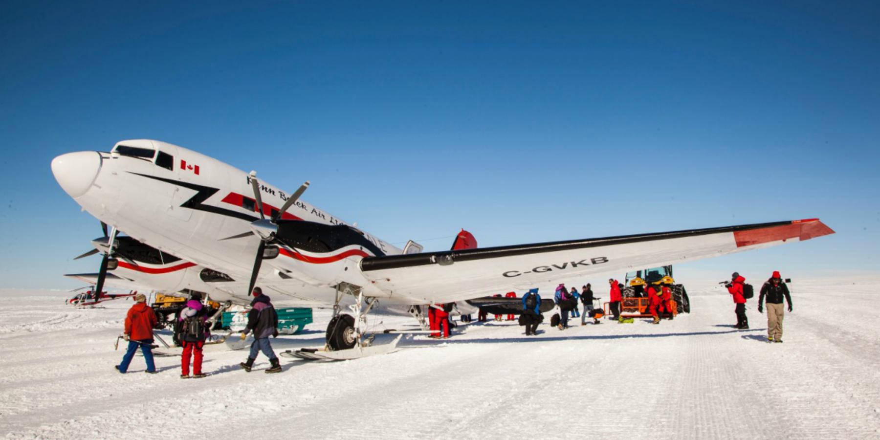 Antarctica Copyright Thibault Rauby 1800x900 - Expédition Antarctica : arrivée à la base Dumont d'Urville