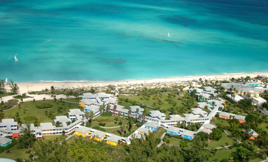 Vue aérienne des installations du Resort ©