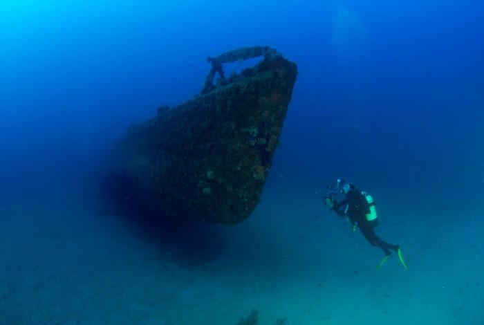 L'avant du sous-marin, imposant et presque angoissant ©Nicolas Barraqué