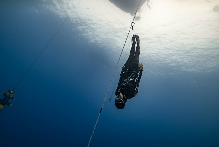 L'apnéiste Alessia Zecchini, Italie, 65 mètres. © Daan Verhoeven