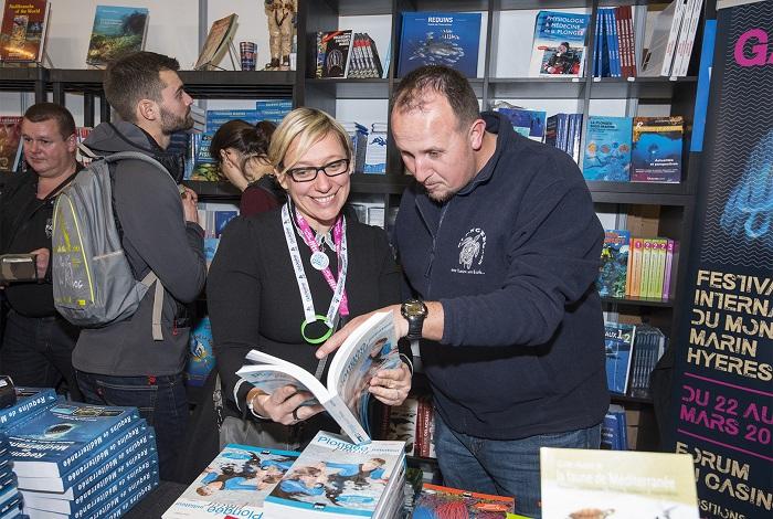 De belles découvertes littéraires sur le stand de l'éditeur Turtle Prod. © Dominique Barray
