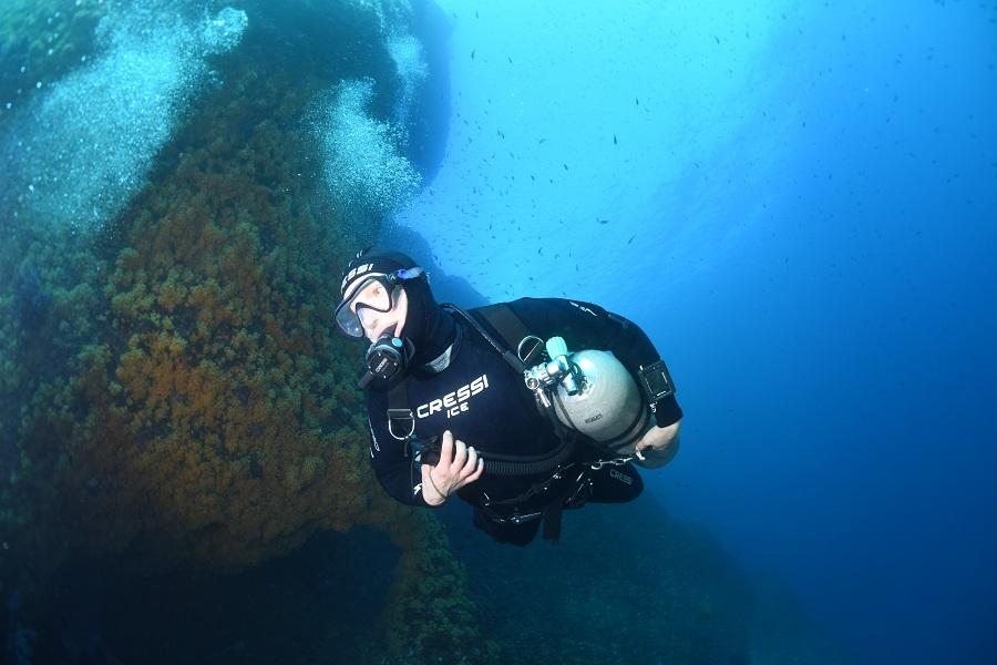 La plongée sidemount est accessible aussi en loisir. © Nicolas Barraqué