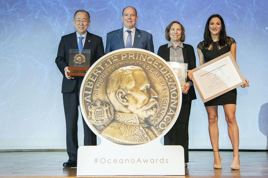 Le Prince Albert II aux côtés de Ban Ki-Moon, Lisa Ann Levin et Violaine Pellichero. © M Dagnino Musée océanographique.