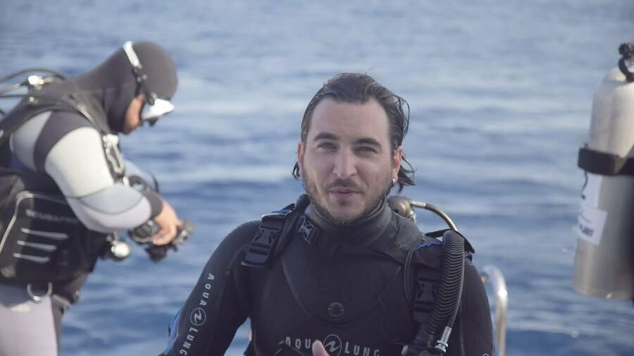 Pierre-Etienne Larrous, le réalisateur de Shark Wave.