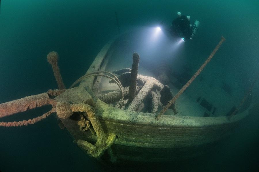 Proue du John M. Osborn, une des nombreuses épaves du Lac Supérieur. © Becky Schott