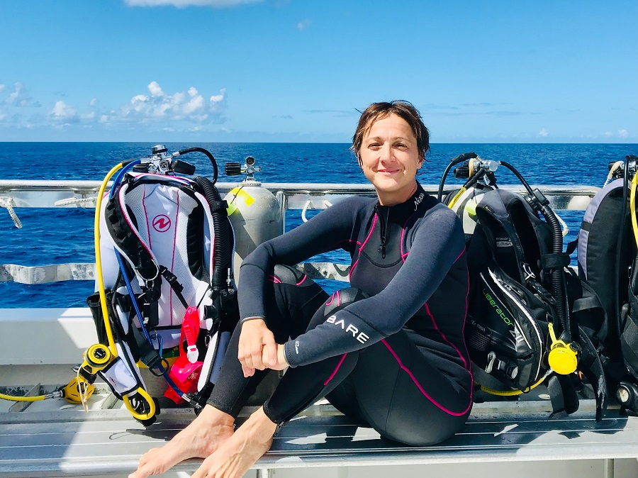 À la rencontre d'Hélène Adam, la plume derrière le blog Different Dive. © Different Dive