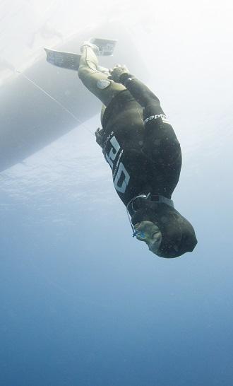 La concentration extrême est de mise du début à la fin de cette immersion. © FFESSM / Unlimited Prod