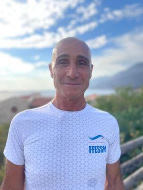Sauveur Lococo a été sacré champion du monde dans la catégorie Master 65-70 ans. © FFESSM / Vincent Pouyet