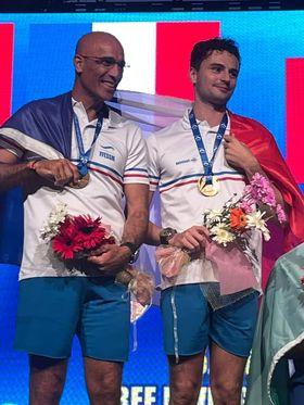 Les deux français ont été sacrés champions du monde en poids constant bi-palmes. © FFESSM / Vincent Pouyet
